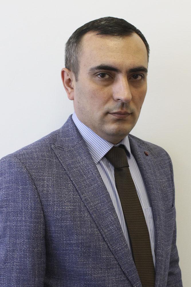 Гаджиев Марат